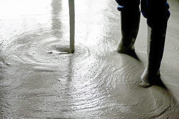 Lafarge : Agilia Chape Thermic, chapes fluides pour l'enrobage des planchers chauffants