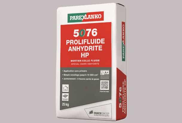 Mortier-colle fluide 5076 Prolifluide Anhydrite HP, signé Parexlanko. [©Parexlanko]
