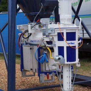 M-Tec augmente de façon sensible le débit de ses solutions de pompes-malaxeurs associées aux silos. [©JT]