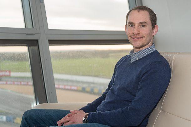 """Vincent Leduc est le nouveau Business Developper de l'activité """"chapes"""" de Sika France . Il succède à Joachim Monge, nommé à un poste similaire pour l'activité """"béton prêt à l'emploi"""". [@ACPresse]"""