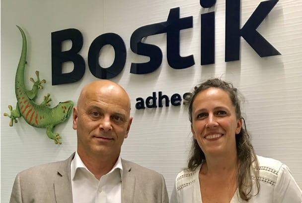 Didier Nycollin, chef de marché chape Technis, et Karen Bouny, chef de produit carrelage et préparation de sols chez Bostik. [©Bostik]