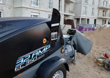 L'EstrichBoy EC 350 permet d'atteindre les mêmes performances qu'une machine équipée d'un moteur thermique, pour la réalisation de chape traditionnelle. [©Lancy]