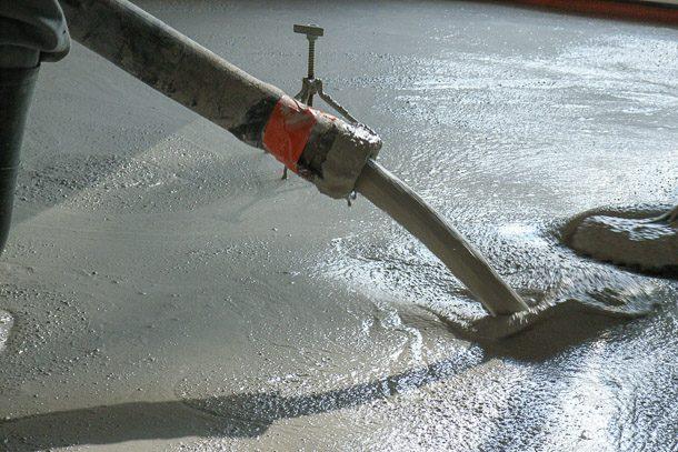 Les chapes fluides passent dans le domaine traditionnel, pour certaines applications.