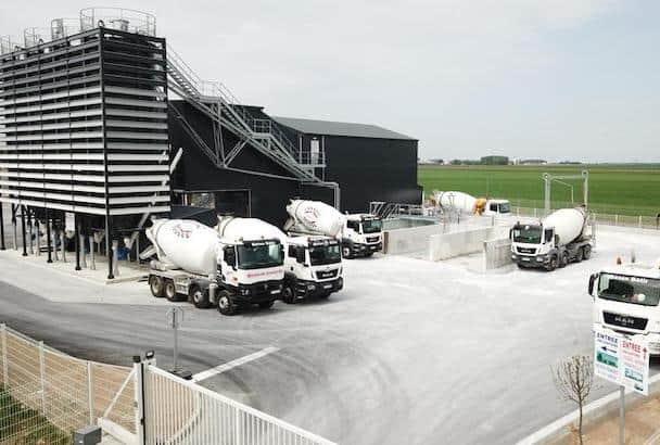Pour le moment, seule la centrale de Montereau-sur-le-Jard distribue de la chape (©BBSF]