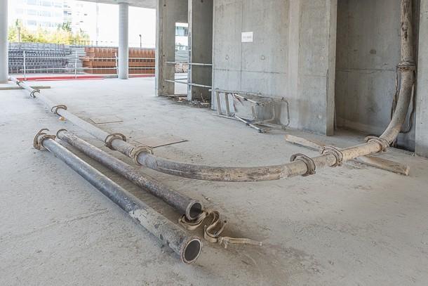 Les coulages de chape sont de plus en plus réalisés dans le cadre de chantiers verts. [©ACPresse]