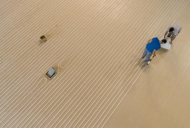 Le plancher chauffant a été posé directement sur les panneaux Eurosol de Recticel. [©Recticel]