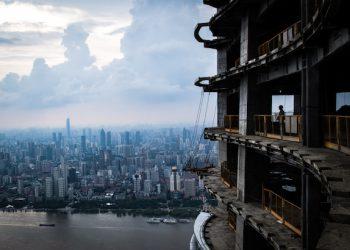 L'organisation de chantier est essentielle pour les coulages de chapes dans des Immeubles de Grande Hauteur. [©DR]