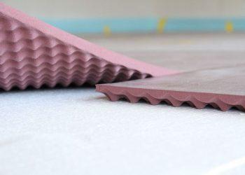 L'Acoustic Floor Mat présente des propriétés dynamiques améliorées et résiste à des charges élevées. [©Getzner]