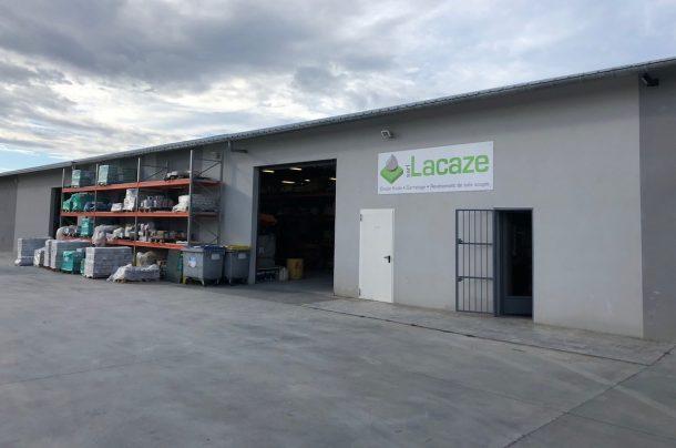 Près de 50% des chantiers de chapes de Lacaze sont effectués pour les carreleurs de l'entreprise. [©Lacaze]
